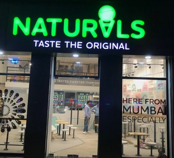 Naturals Ice Cream Franchise Outlet in India